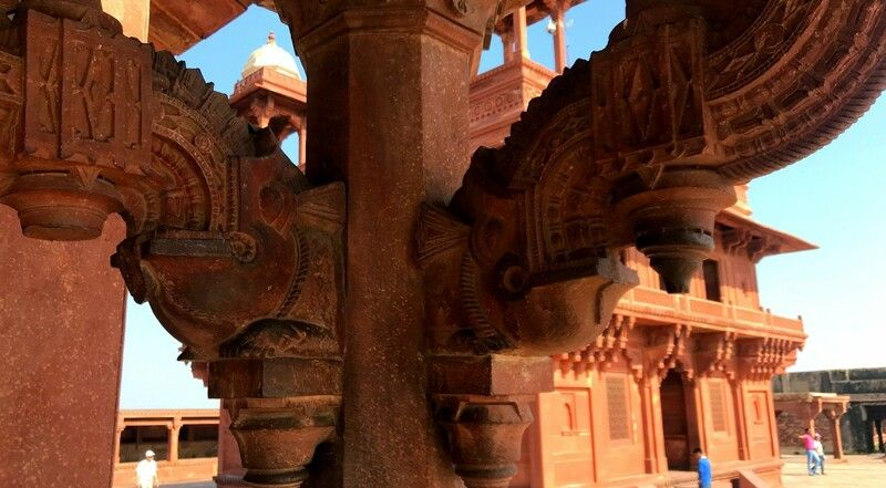 1563452218-the-ghost-palace-of-fatehpur-sikri.