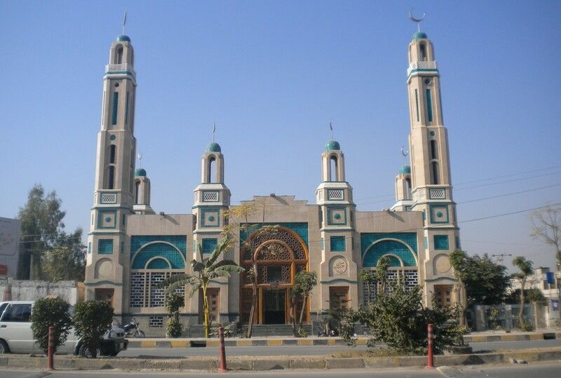 A-beautiful-Mosque-at-Gulshan-Dadan-Khan-Rawalpindi.