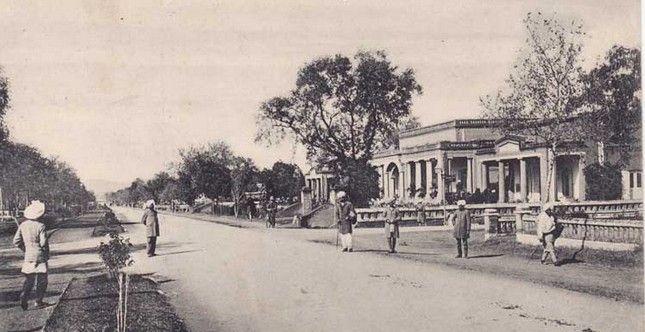A-Rare-Photo-of-The-Mall-Rawalpindi.