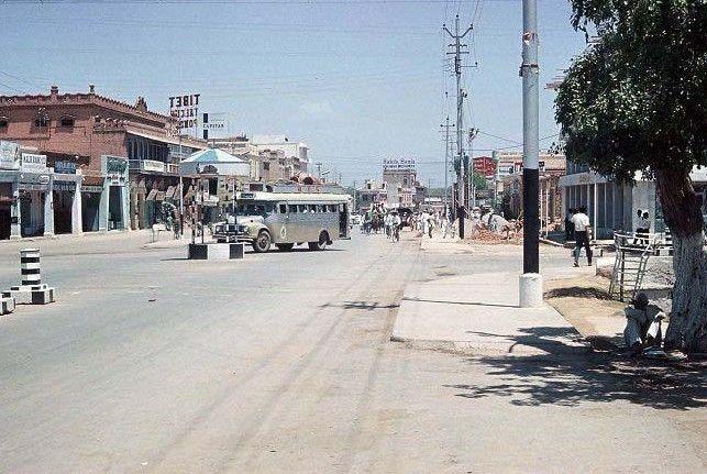 A-Road-in-Saddar-Rawalpindi-1964-19651.
