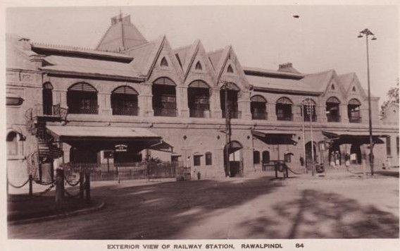 alpindi-Rare-Photo-of-Rawalpindi-Railway-Station-1884-Old-and-rare-Pictures-images-of-Rawalpindi.