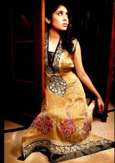 Asianz-Attire-formal-wear-collection-for-women-5.