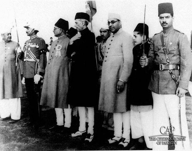 guard-of-honor-on-the-occasion-of-lahore-resolution-23-march.
