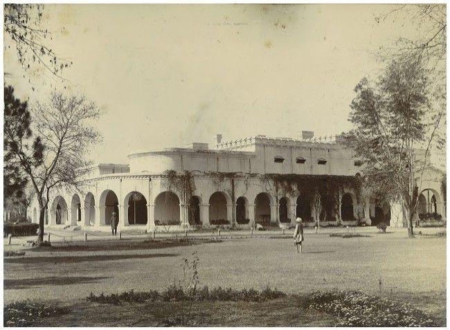 lpindi-Rare-Picture-of-Rawalpindi-Club-The-Mall-1890s-Old-and-rare-Pictures-images-of-Rawalpindi.