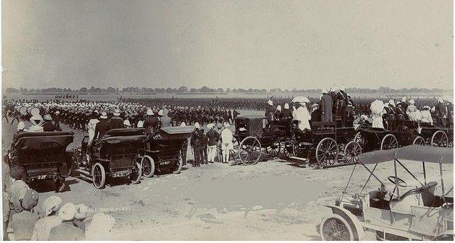 of-Rawalpindi-Rare-Photo-of-motor-show-at-Rawalpindi-in-1907-Old-and-rare-Pictures-of-Rawalpindi.