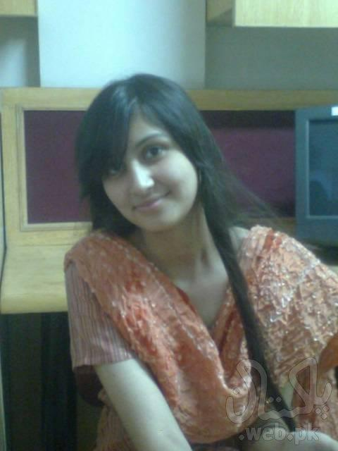 Beautiful paki girls pic removed (has