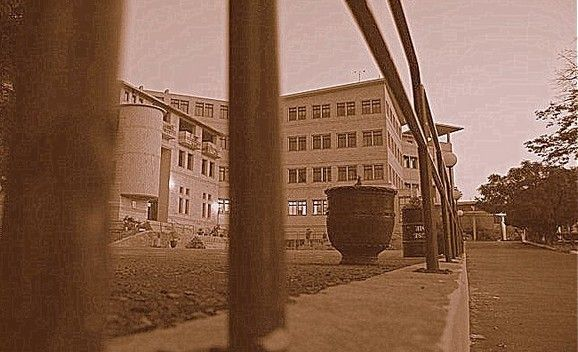 -Photos-An-old-photo-of-Saint-Marys-Academy-Tulsa-Road-Lalazar-Rawalpindi-Pictures-of-Rawalpindi.