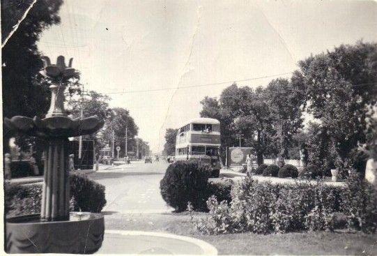 Photos-of-Rawalpindi-Double-Decker-Bus-at-Chandni-Chowk-Rawalpindi.