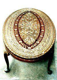 pic_pakistani-handicrafts_ivory-inlay.