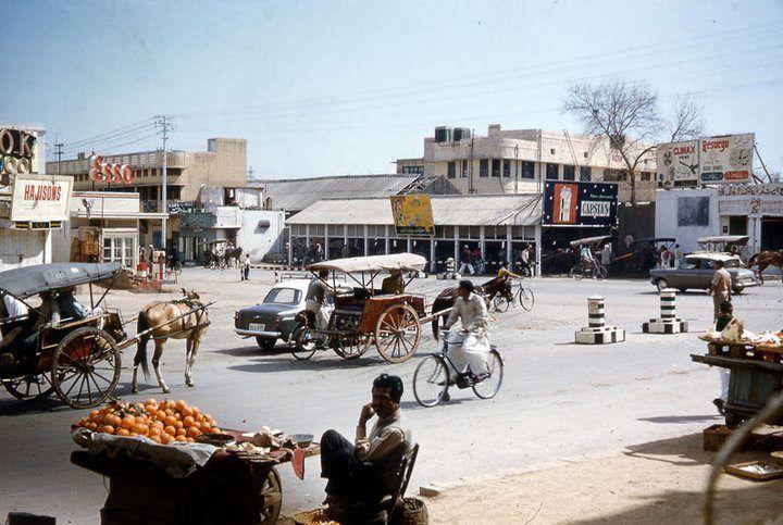 Rawalpindi-intersection-of-Kashmir-Rd-Adamjee-Rd-1960s.