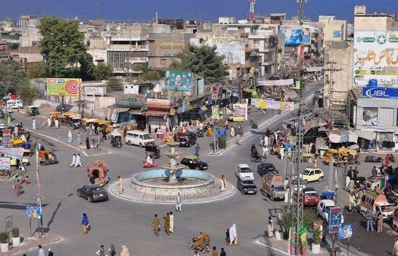 Rawalpindi-Photos-Fawara-Chowk-Raja-Bazar-Rawalpindi-Pictures-of-Rawalpindi.