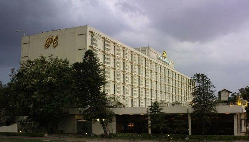 Rawalpindi-Photos-Pic-of-Pearl-Continental-Hotel-The-Mall-Rawalpindi-Pictures-of-Rawalpindi.